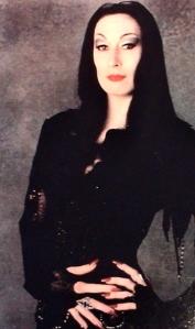 Mrs-Addams-_-morticia-addams-10949280-350-593
